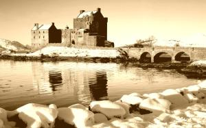 scotland_castle_eileen_don_winter_snow_city_vintage_hd-wallpaper-244294